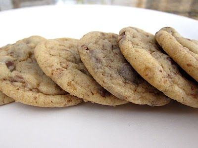 Lovin' From The Oven:Chocolate Chip, Almond & Toffee Cookies - Lovin ...