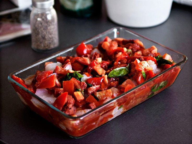 Bakt torsk i spansk salsa