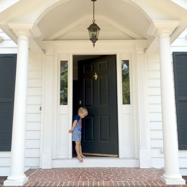 Excuse Me. Colonial Front DoorFront ... & Best 25+ Colonial front door ideas on Pinterest   Cost of french ... pezcame.com