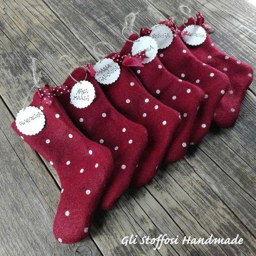 Calze della Befana handmade personalizzate con tags realizzate a mano con scritte country style Se ti piacciono le mie creazioni puoi trovarle anche sul mioshopsuEtsy