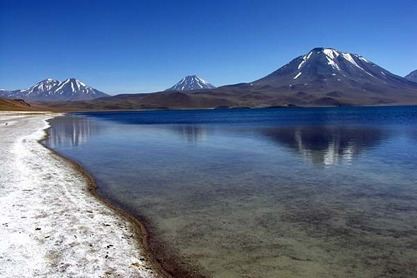 Google Afbeeldingen resultaat voor http://www.traveljournals.net/pictures/l/20/207963-amazing-lake-vina-del-mar-chile.jpg