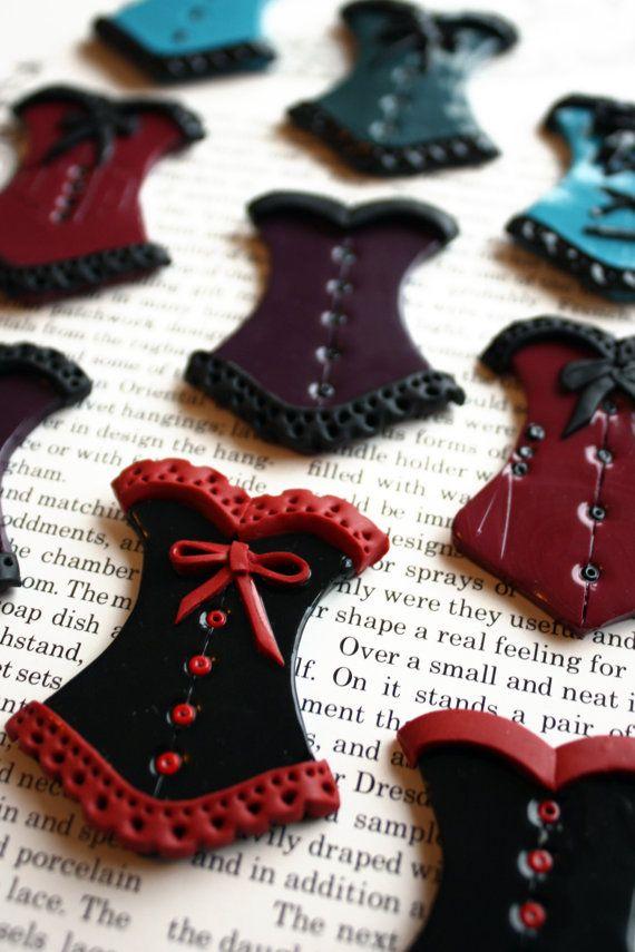 Hand made minature burlesque corset / bustier par ArkanaClothing, £6.99