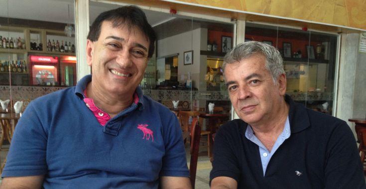 https://flic.kr/p/rNgLz9   Sandro Becker e Marcos Sacramento - Bar e Restaurante do Edinho - Mercado do Rio Vermelho (Salvador-Bahia-Brasil (11-05-2015)
