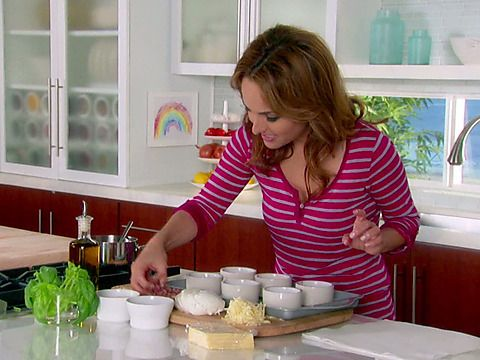 Giada at Home Video Gallery Videos : Food Network - FoodNetwork.com