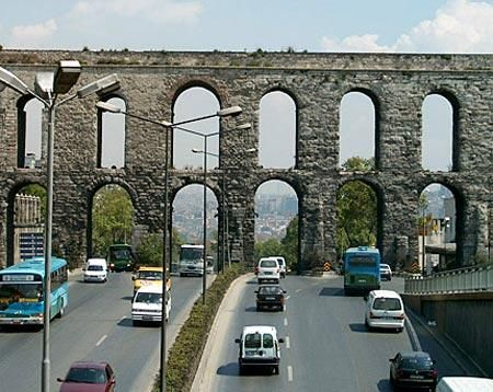 Roman aqueduct completed by Roman Emperor Valens in the late 4th century AD, restored by the Ottomans several times.