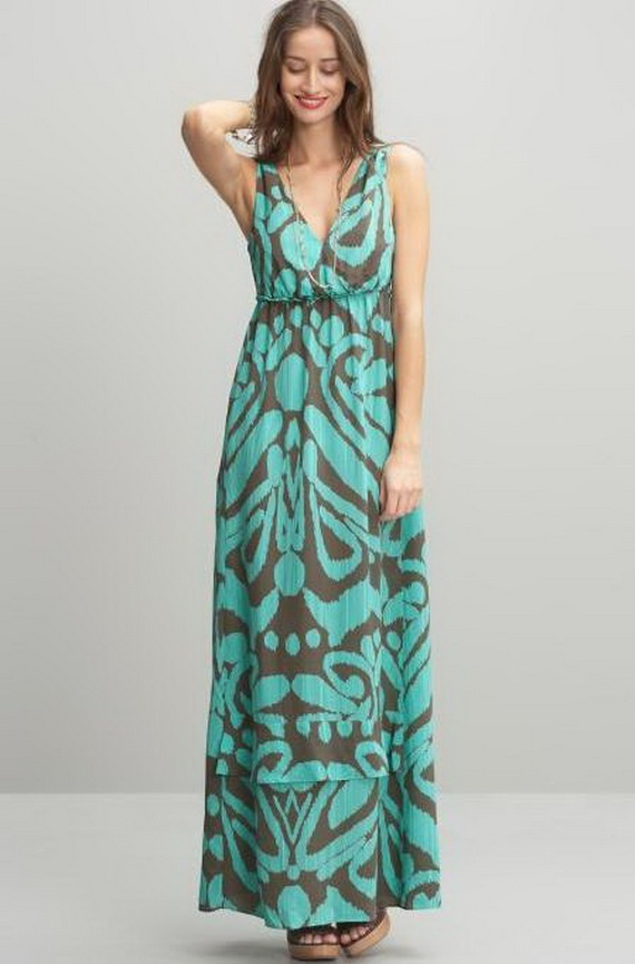 Maxi dresses are a surefire investment - the polymer fabrics utilized by the Bealls Florida brands you know and love weave comfort and class together to keep you cool in the summer sun and comfortable in the chilly fall breezes.