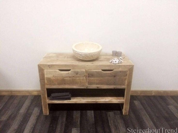 Badkamermeubel Judson is voorzien van twee lades met een inkeping. U kunt dit badkamermeubel compleet maken met een marmeren waskom.