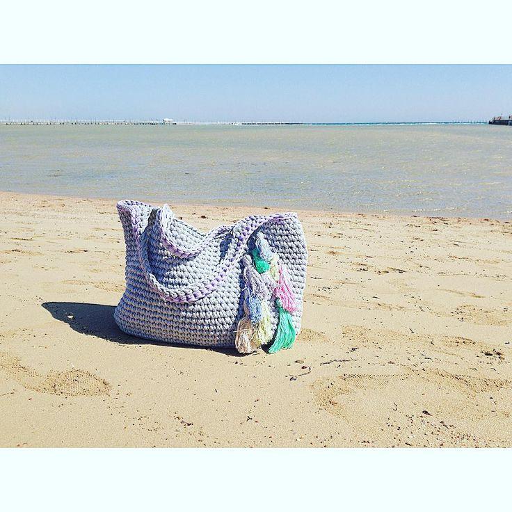Пляжная сумка, связанная из трикотажной пряжи