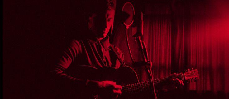 """LOUIS BERRY è uno degli artisti da tenere d'occhio quest'anno. Venerdì 13 gennaio entrerà in rotazione radiofonica il suo nuovo singolo """"RESTLESS"""", un brano scritto dallo stesso cantautore inglese e prodotto da Steve Fitzmaurice (Sam Smith, Metronomy, Circa Waves). Il ritmo trascinante e la viscerale chitarra catturano perfettamente lo stato d'animo espresso dal titolo di …"""