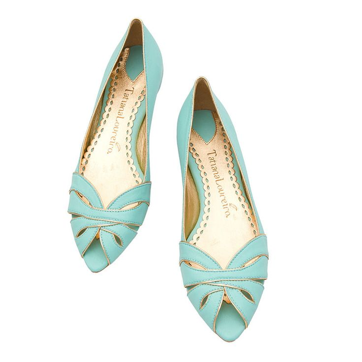 Cute summer flats, love the color and the open top