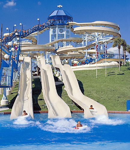 Wet 'n Wild Water Park (I LOVED going here when i lived in Florida)