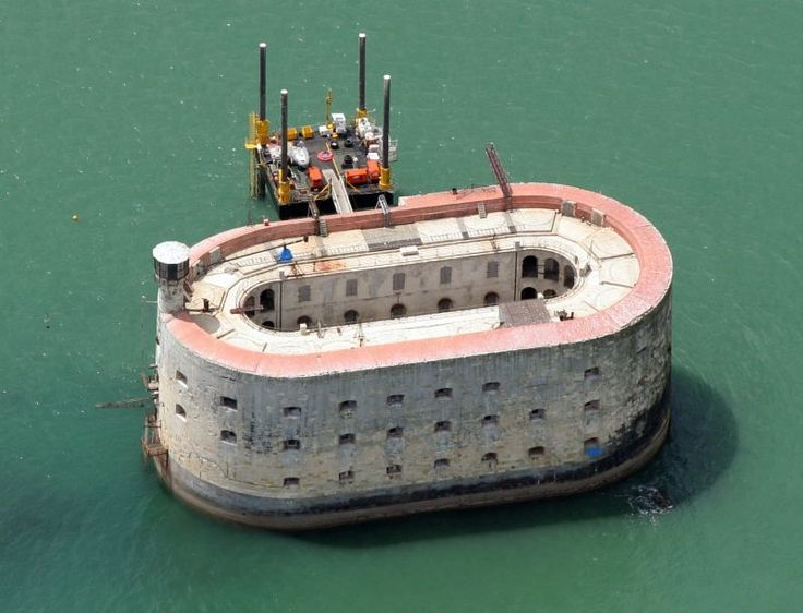14 best FORT BOYARD images on Pinterest | Castles, Forts and Chateaus