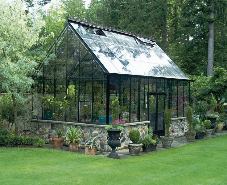 The Cape Cod, custom painted black, from BC Greenhouse. - http://garden-greenhouse.se/