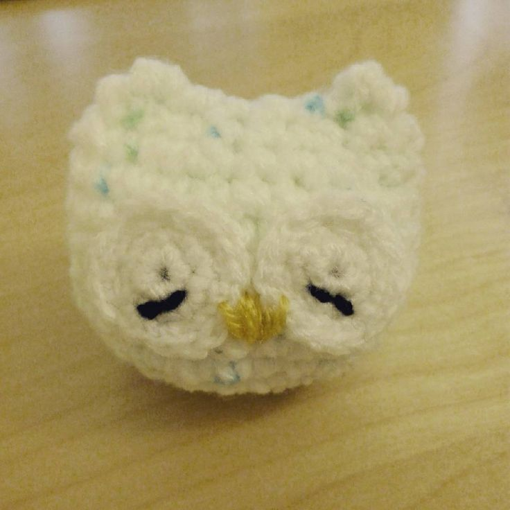Sleepy baby owl :) Based on pattern from Cup of Jo Creations #crochet #amigurumi #owl #crochetersofinstagram #sleepy #chunkyyarn #cute