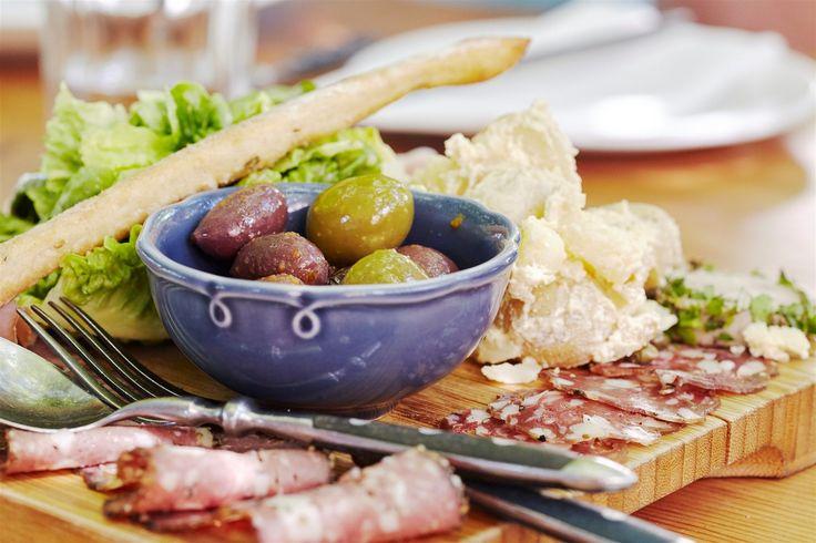 Bread & Wine Vineyard Restaurant
