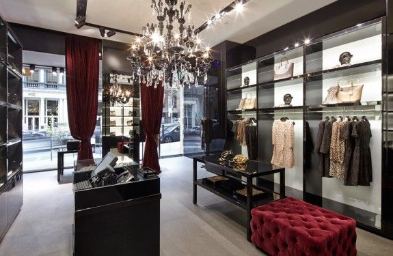 The New 'Dolce & Gabbana' Melbourne Store painted by 'CN Painters Melbourne'. www.cnpaintersmelbourne.com.au  Contact Us on: 1300 447 115..