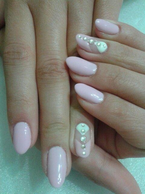 chervon nails