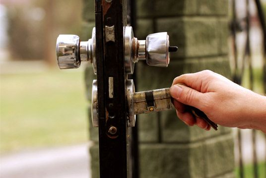 We provide experienced and professional #locksmith who are capable to provide all kinds of locking mechanism problem.
