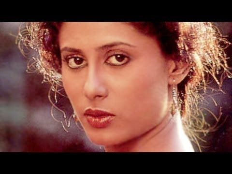 Remembering Bollywood's evergreen actress #SmitaPatil on her birth anniversary. Let's know something about her through this #biography.