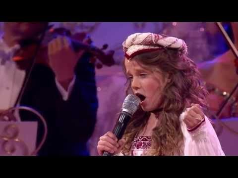 Amira Willighagen - O Mio Babbino Caro - HD - André Rieu (Love in Venice) Maastricht - 2014 - YouTube