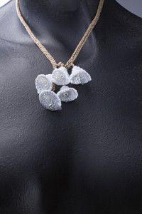 Creative Company | Fresh crochet – White lily lariate