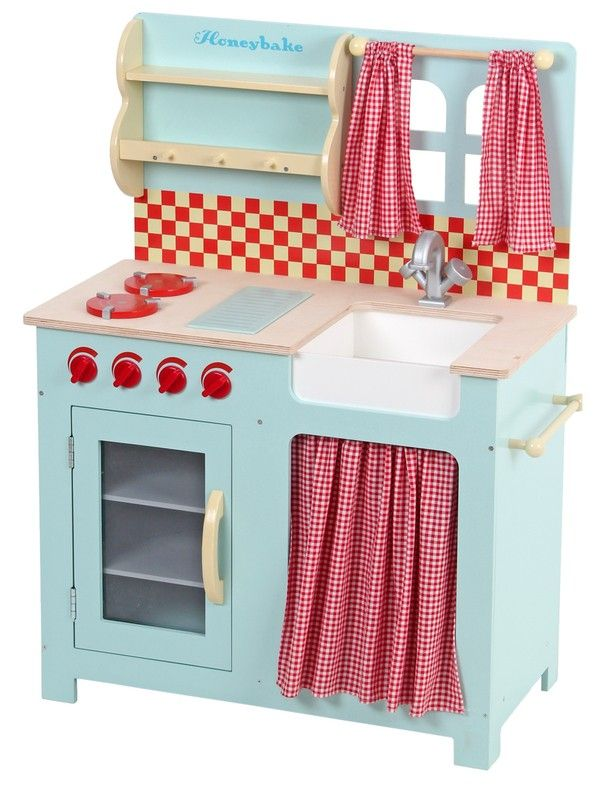 Le Toy Van - Large Honeybake Kitchen #entropywishlist #pintowin Whenever we visit someone else's house with a toy kitchen my daughters spend hours and hours playing at the stove! I hope this means they will cook lots of meals for their mum and dad when they are old enough!