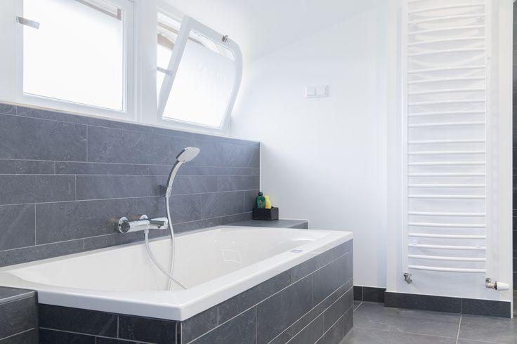 Een nieuwe badkamer uitzoeken is een hele klus. Bij Badmeesters hebben we voldoende badkamer inspiratie. Kom langs in onze showroom of bekijk de website