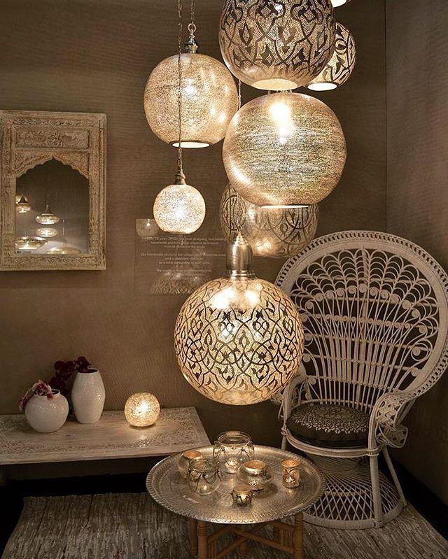 Lanterns creating a circular theme