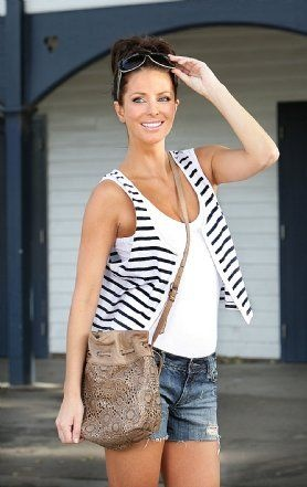 Love Esther Anderson from Home and Away!!