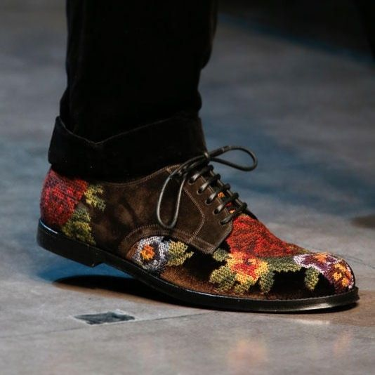 Dolce & Gabbana needlepoint shoes 2013 Fall Winter collection.