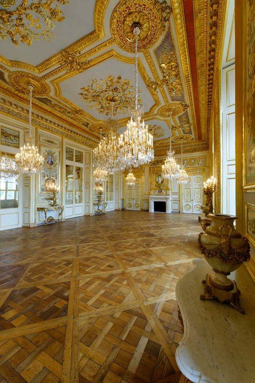 391 best palace interiors images on pinterest castles - Salon de l emploi place de la concorde ...
