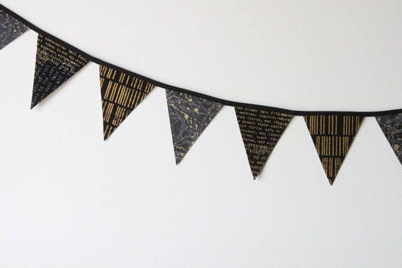 Edgy Mini Fabric Bunting. Black and gold reusable fabric banner. #theevergreencollective