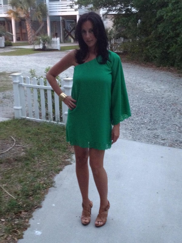 Check out Jessica Negri looking fabulous in her Sandra dress! Thanks for the share Jessica. -E