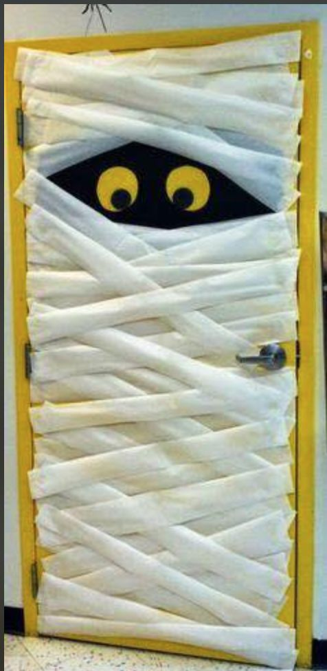 Decoración de casa para halloween Ideas para halloween Fantasma Halloween Tags, Halloween Classroom Decorations, Halloween Crafts, Halloween Ideas, Halloween Parties, Halloween Costumes, Teacher Door Decorations, Fall Door Decorations, Harry Potter Halloween
