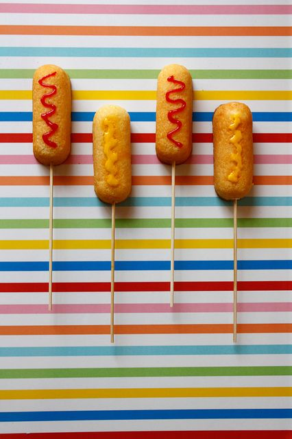 "Twinkies on a stick = ""Corny Dog"" treats (great for a State Fair theme party)"