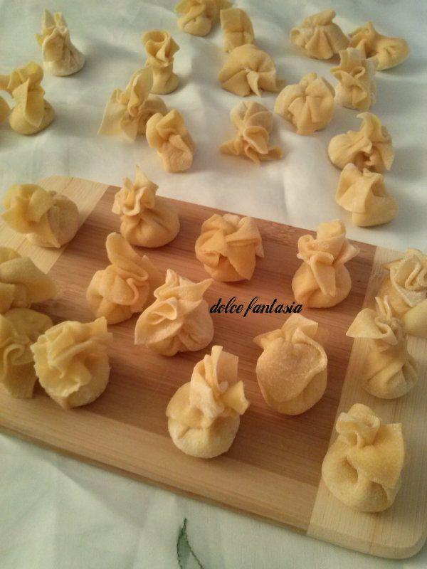 saccottini di pasta fresca al gorgonzola