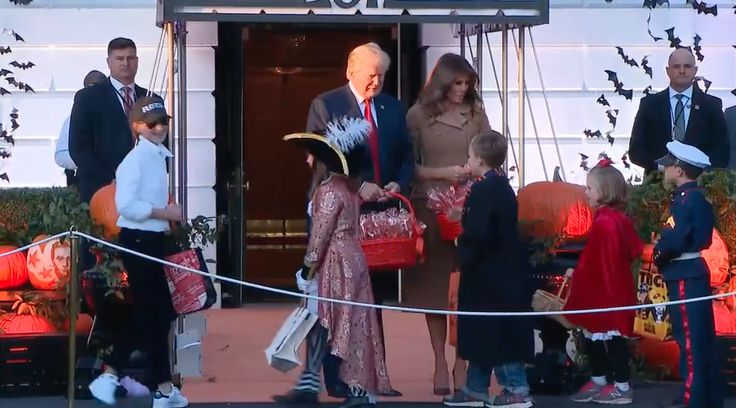 Donald and Melania Trump meet mini FLOTUS trick-or-treater at the White House