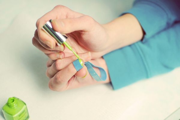 10 Amazingly Useful Tips To Make Your Manicure Last Longer