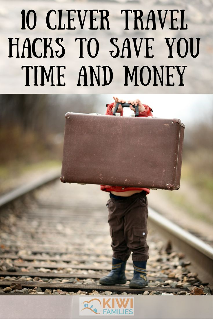 how to travel with little money