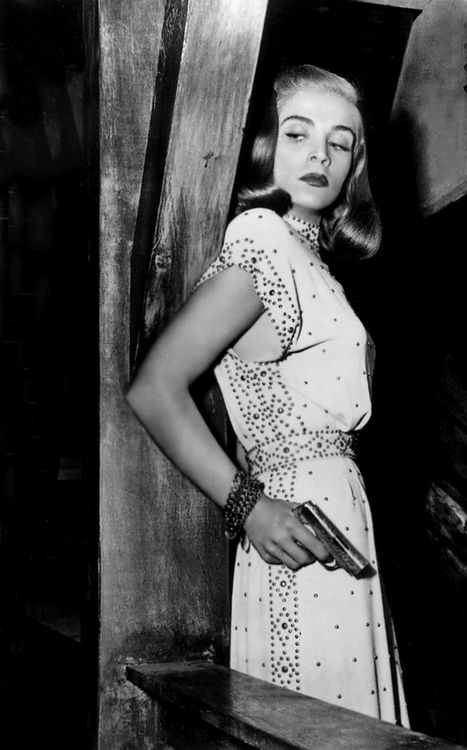 Lizbeth Scott, 1940s. Not sure what film this is from, but the dress is great.