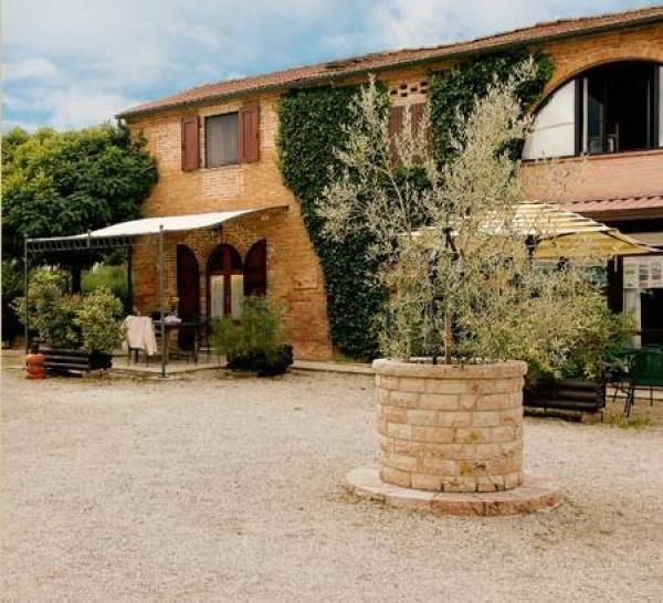 Casale Vacanza a Torrita di Siena - 10 Camera/e da letto 10.0 Bagno/i 18 posti letto