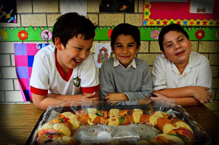 Rosca De Reyes Con Alumnos De La Secci 243 N Primaria