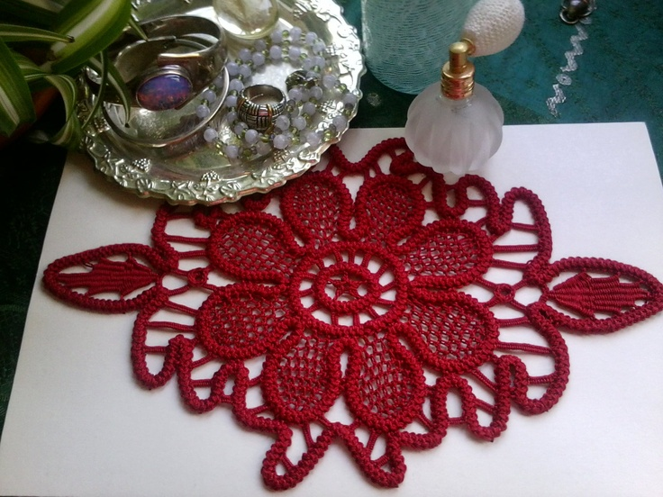 Romanian Point Lace Crochet Doily, Red
