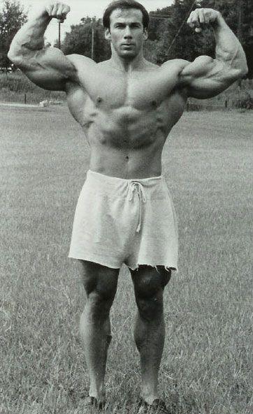 male bodybuilding bikinis jaguar
