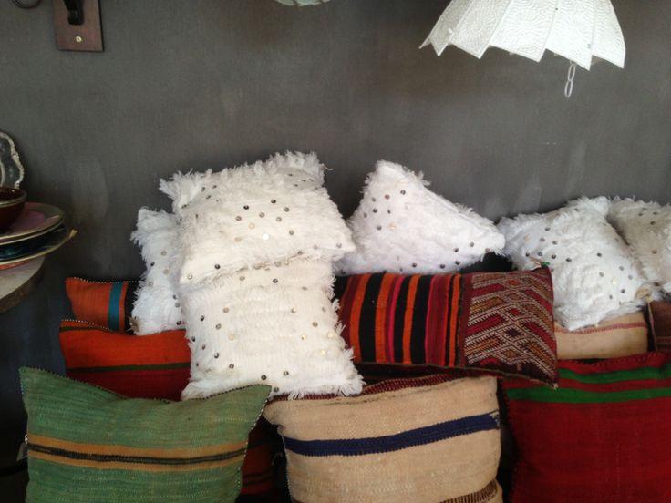 Handira cushions