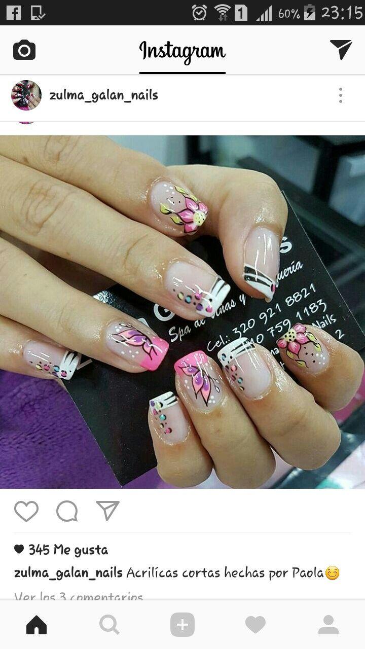 uñas frances blanco y rosa flores rosa