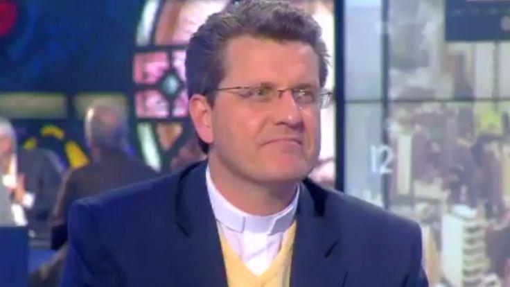 Lors d'un débat consacré au vote des catholiques de France, ce lundi de Pâques sur CNews, Laurent Stalla-Bourdillon a asséné la position la plus dure de l'Eglise sur l'avortement.      Tout se passe tranquillement sur le plateau animé par Pascal Praud sur CNews. Et pour...