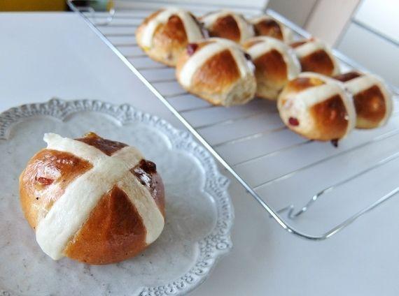 ホットクロスバンズ(Hot Cross Buns)
