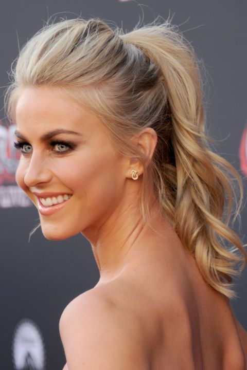 Julianne Hough's high ponytail is perfect.