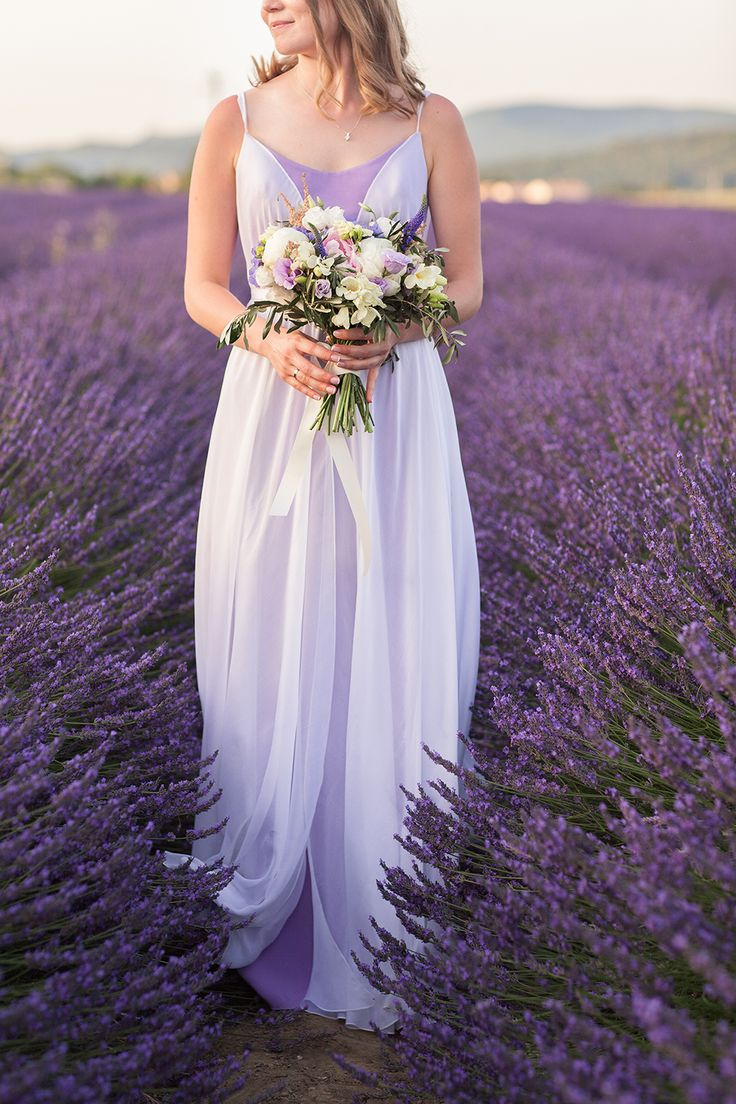 bridal - bridal bouquet - lavender fields - Provence - wedding in Provence - wedding planner: Laura Dova Weddings - www.lauradovaweddings.com Photography by Philip Andrukhovich